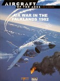 Air War in the Falklands 1982 by CHANT, Christopher